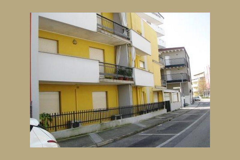 Grado, Italie, 4 Bedrooms Bedrooms, ,2 BathroomsBathrooms,Byt,Na prodej,1297